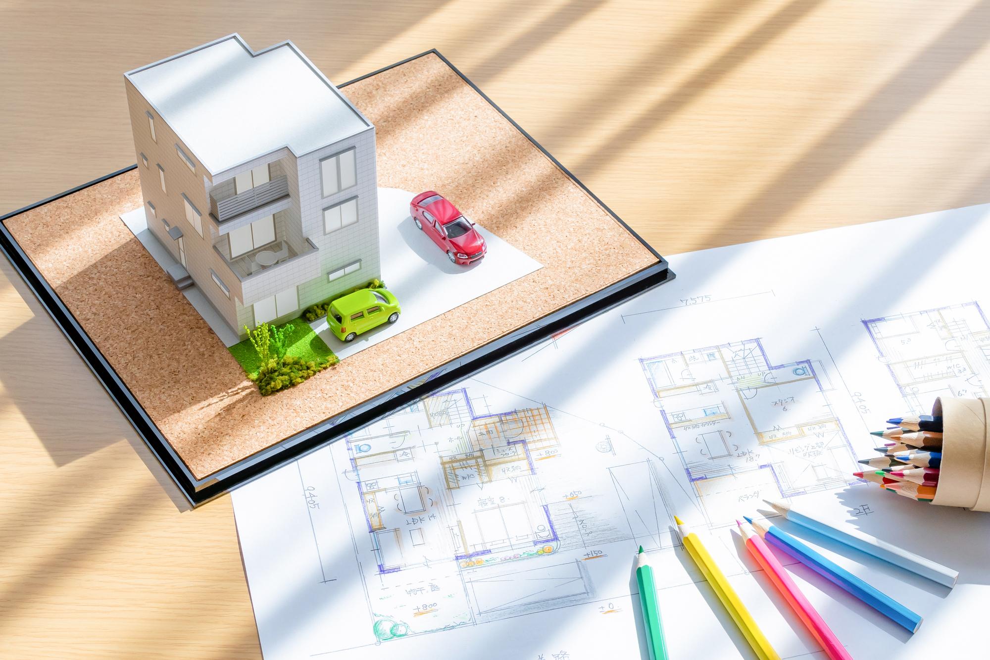 "<span class=""title"">注文住宅で三階建ては二階建てより得する?</span>"
